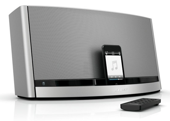 bose sounddock 10 geek hype. Black Bedroom Furniture Sets. Home Design Ideas