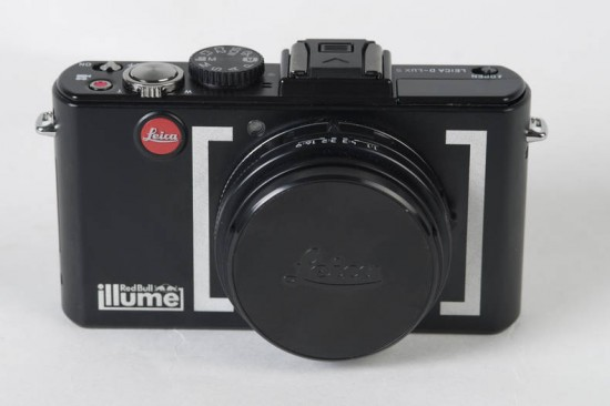 Image red bull illume leica 1 550x366   Red Bull Illume Limited Edition