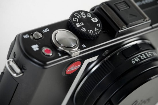 Image red bull illume leica 2 550x366   Red Bull Illume Limited Edition