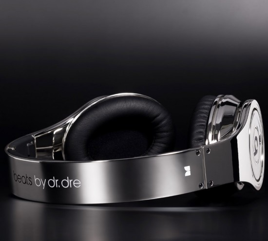 Image beats dre colorware chrome 1 550x495   ColorWare Beats Chrome