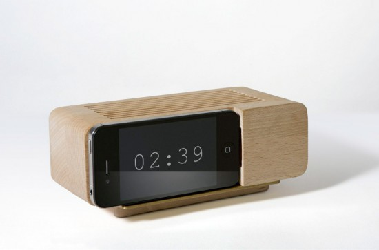 Image jonas damon alarm clock 550x363   Jonas Damon Analog Docks