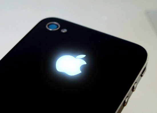 Image iphone glowing apple logo 550x397   iPhone Apple Glow Mod
