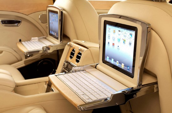 Image bentley mulsanne ipad keyboard 550x362   Bentley Mulsanne Executive Interior