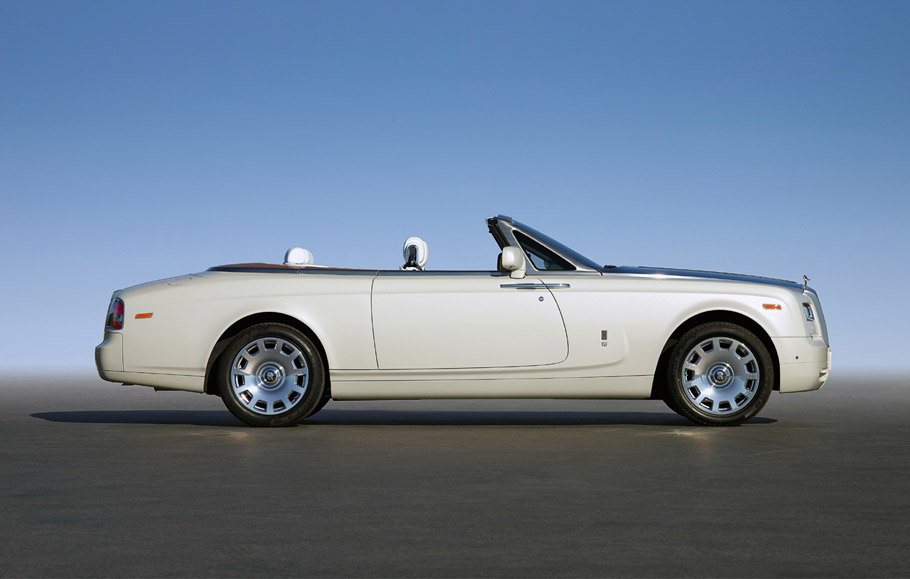 Rolls Royce Phantom Drophead Coupe photo