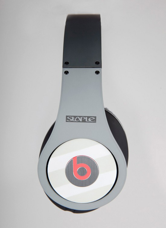 Image pigeon beats 5 550x756   Staple Design x Beats By Dre